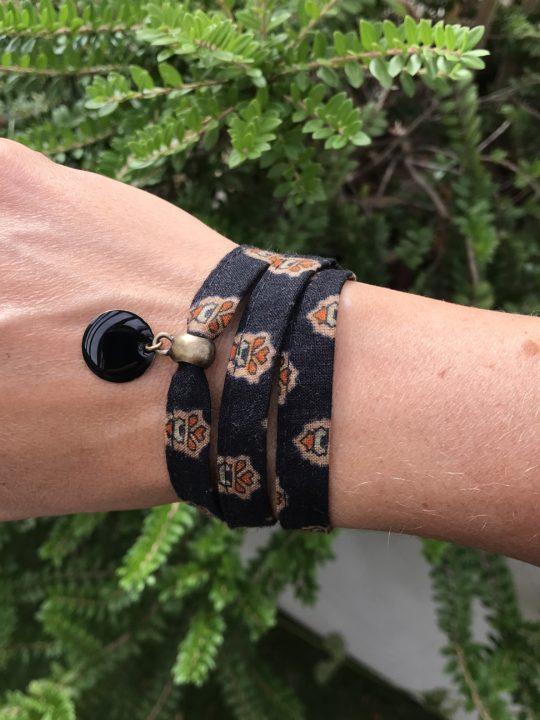 bracelet tissu noir, bracelet liberty