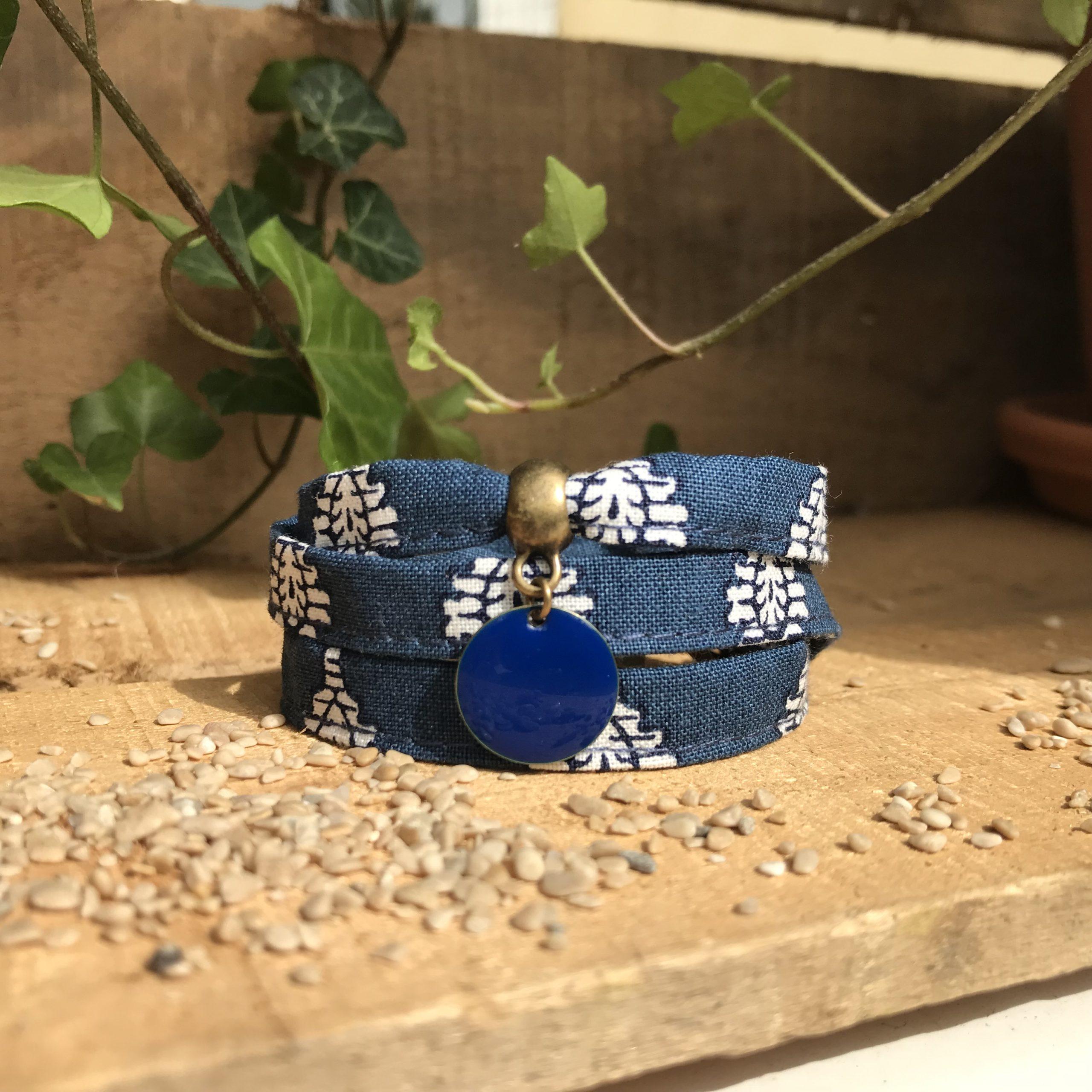 Bracelet multirangs textile liberty